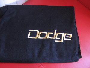 Dodge pläd